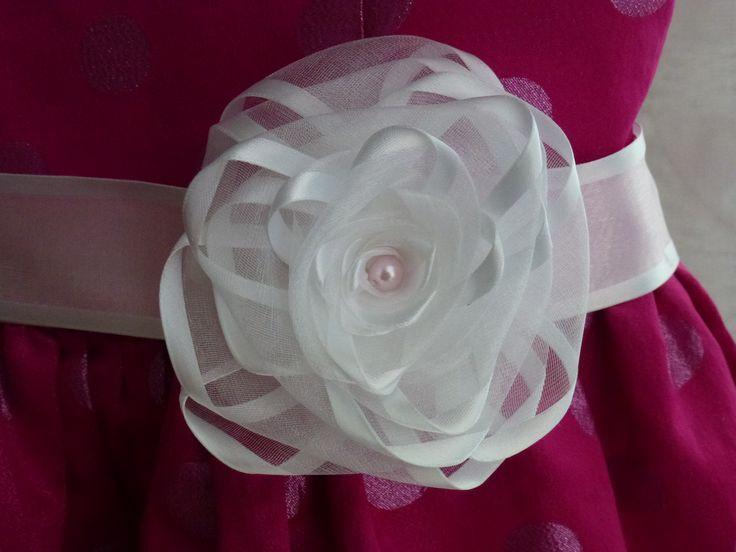 Růžička na pásek k šatům