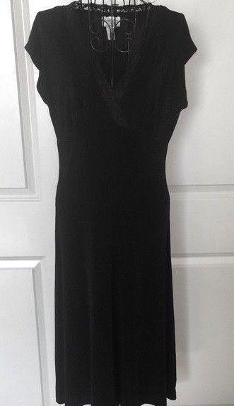 e4a984d663b Chicos Travelers Black Stretch Dress Lace Wrap Look V Neck Size 0  Chicos   Dress