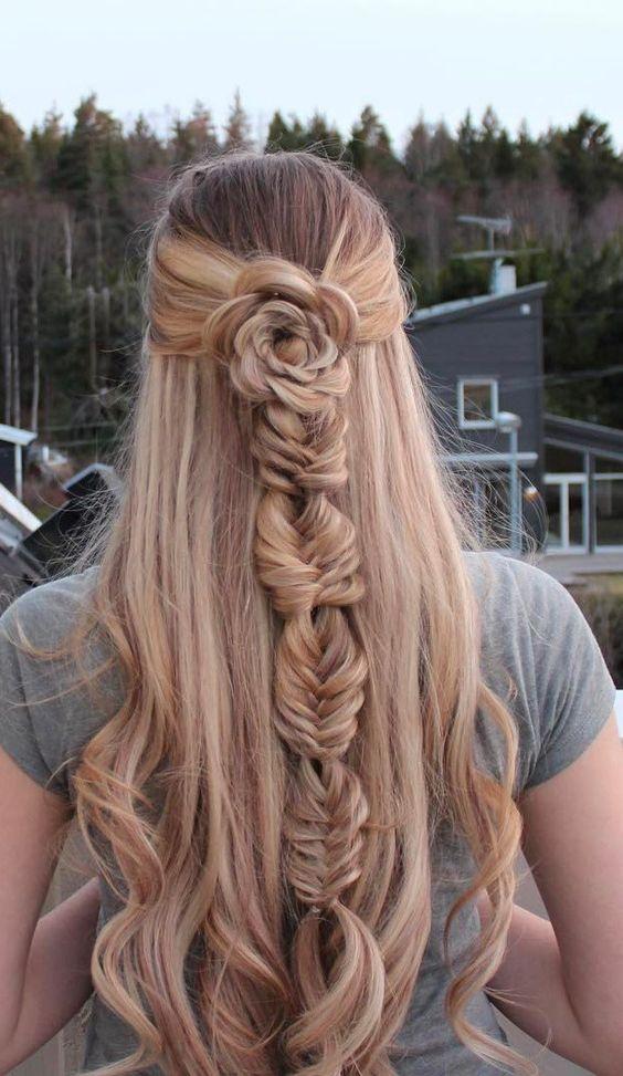 22 coiffures mignonnes pour cheveux courts et cheveux mi-longs