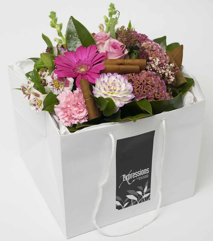 Flower Box Pink - http://www.expressionsfloral.co.nz/ #florist #flowers #bouquets