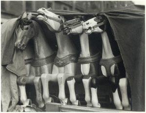 Manuel Alvarez Bravo,Los obstáculos / The obstacles, 1929