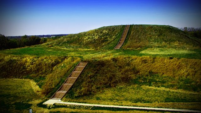 Cahokia - The City Of The Sun in Native North America - Explore like a Gipsy, Study like a Ninja