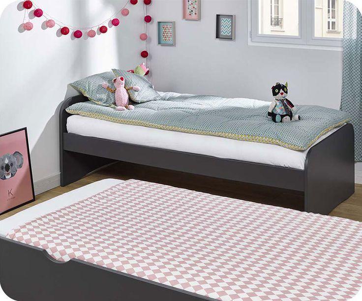 Dieses Bett Ist Eine Platzsparende Lösung. Es Ermöglicht Optional Zwei  Liegeflächen Anstelle Von Einer Zu Haben. Perfekt, Wenn Besuch Spontan über  Nacht ...