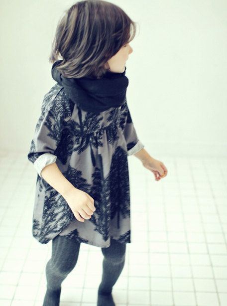 Girls flower patterned dress for  Everyday black by hellodearkids