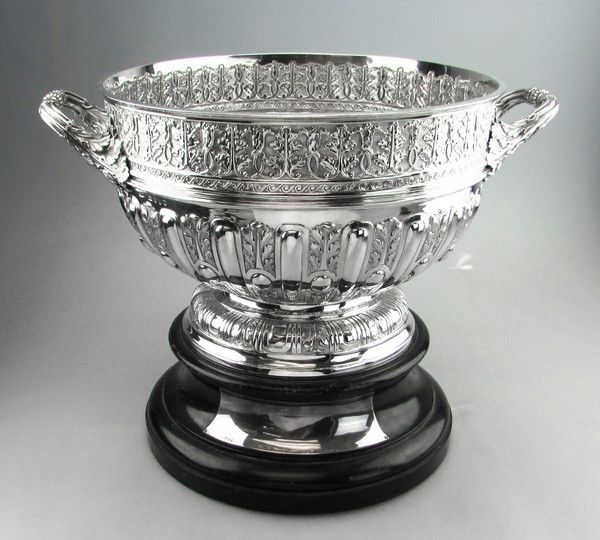 VICTORIAN ANTIQUE SILVER BOWL LONDON 1889 ROSE BOWL / PUNCH BOWL by JOHN NEWTON MAPPIN.