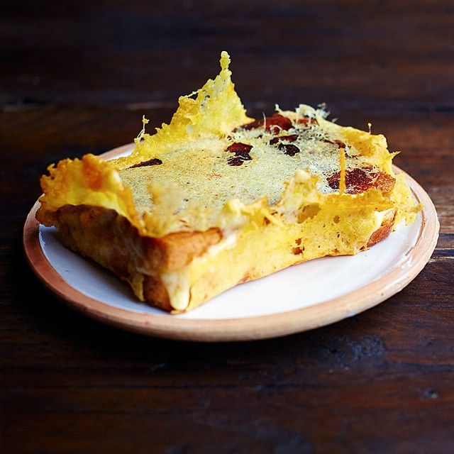 Jamie Oliver definitely makes the best cheese toasty - The cheese crown tops it off!