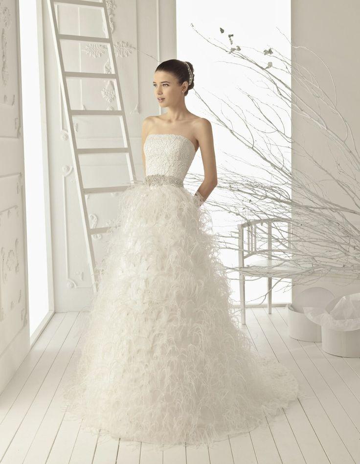 15 best Feather Wedding Dresses! images on Pinterest | Feder ...