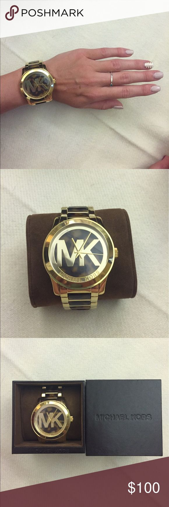 🖤 MK tortoise shell watch Gorgeous watch in excellent condition! Super cute🖤 no links have been removed. Needs a new battery Michael Kors Accessories Watches