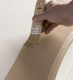 patiner le meuble avec de la peinture à l'ancienne