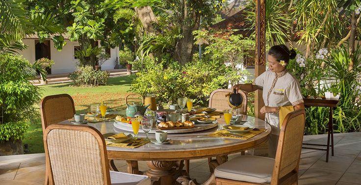 Villa Batujimbar-Alfresco dining