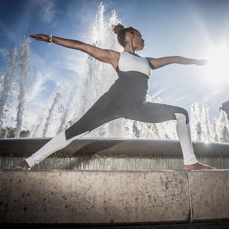 """""""Cleanse the mirror of your heart, and you will see God."""" (Neem Karoli Baba)  Photo: @alesigismondi  Outfit: @blusima_yogawear #ashtanga #ashtangayoga #ashtangastrong #yoga #yogainspiration #practice #larugayoga #letitflow #practiceandalliscoming"""
