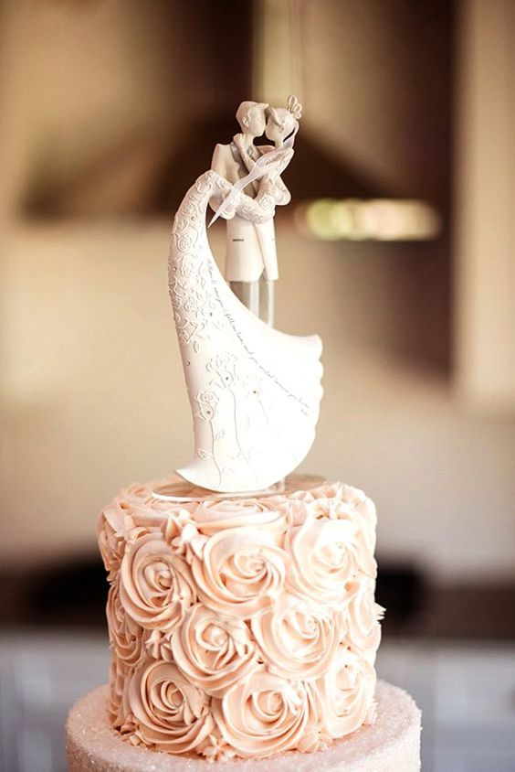 Pastel de bodas para tu ceremonia civil. Portland Courthouse Wedding. Fotografía: Jessica & Chintan.