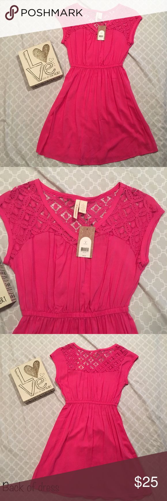 ✨NWT Pink Red Camel summer dress✨ NWT Women's size small pink Red camel summer dress. Beautiful and light weight. 💥All offers accepted. 💢Bundle with any 2 or more items to get discounted price and save on shipping💢 Red Camel Dresses