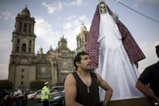The country where exorcisms are on the rise | Santa Muerte cult of Mexico | Religion