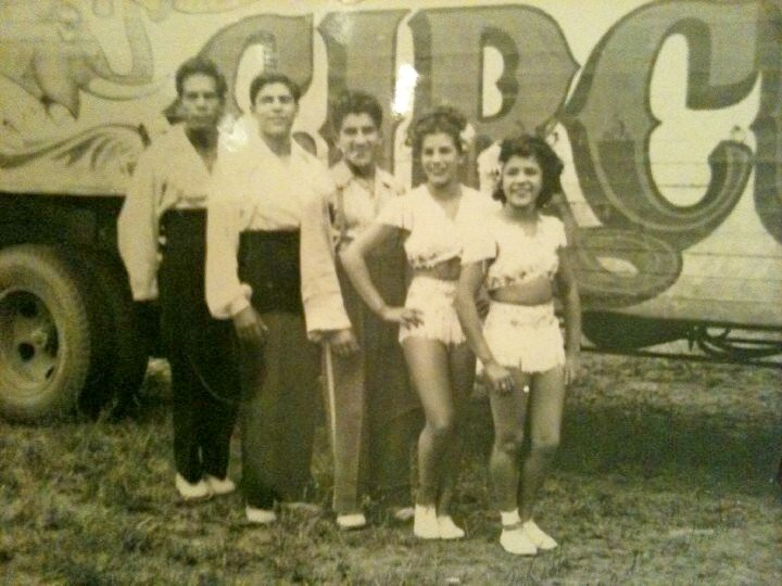 From left to right, Maurice Marmalijo, Arturo Gutierrez, Johnny Gutierrez, Armida Gutierrez and Alicia Gutierrez. I am not sure if this photo was taken on the Russell Bros Circus or Yankee Patterson. Maurice joined the Gutierrez family after he left the Escalante Circus.