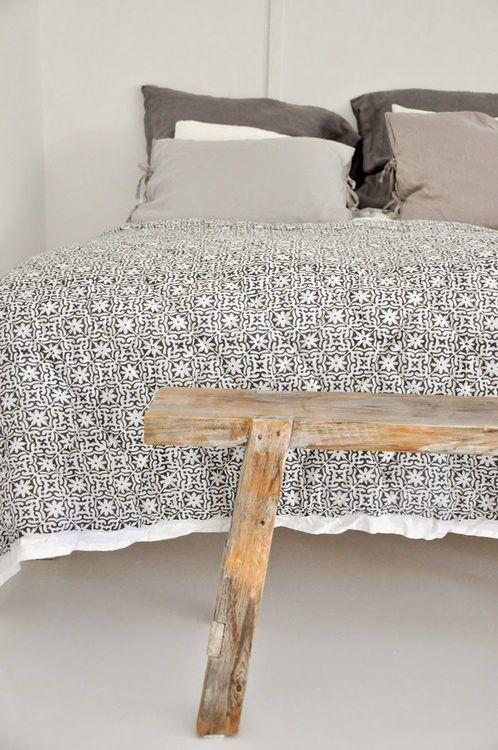 #chambre #housse #couette #linge #lit #petits #motifs #noir #blanc