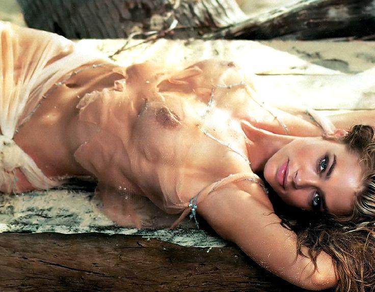 Denise Richards nackt, Oben ohne Bilder, Playboy Fotos