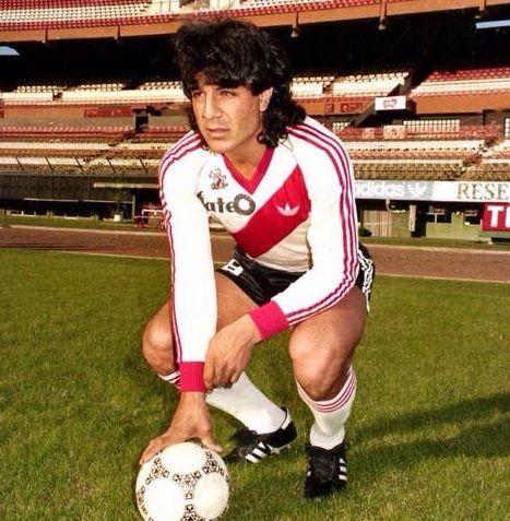 Juan Gilberto Funes , River Plate