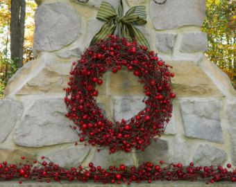 Valentine Wreath Red Berry Wreath Christmas Pip by Designawreath