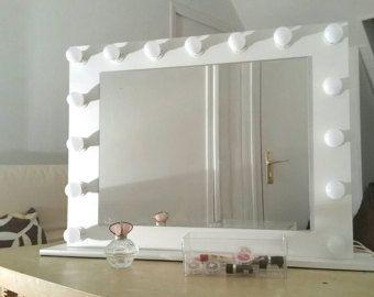 Miroir de maquillage pour coiffeuse