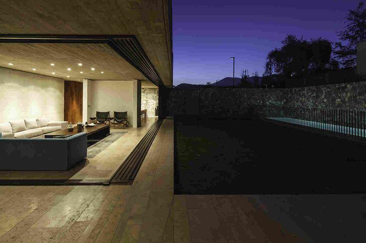 Массивный и открытый частный дом в Чили