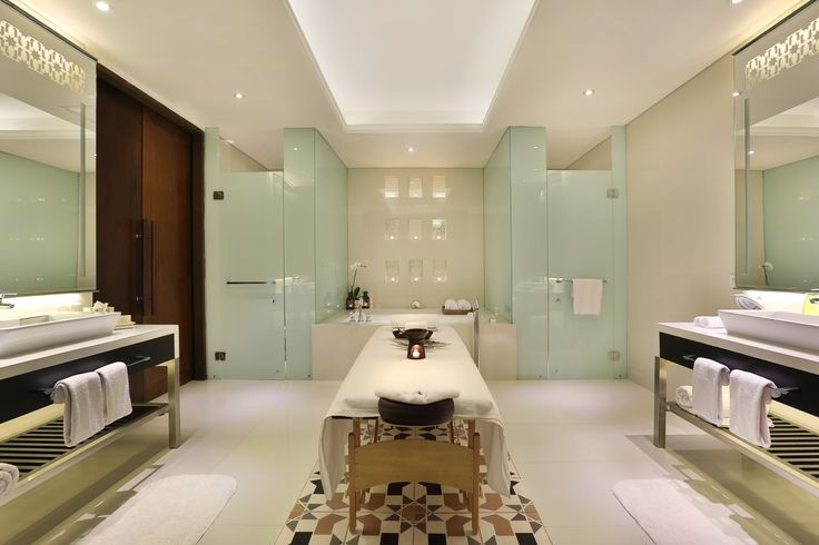 Forget about your worries and let your soul take a rest. Relax with our spa treatment in the privacy of your villa or suite. You are also very welcomed to make an appointment for our awarded Galangal Spa. http://www.samabe.com/en/spa/