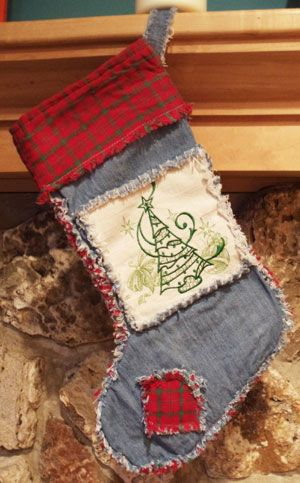Free project instructions for a machine embroidery design rag quilt Christmas stocking.  Love it!!