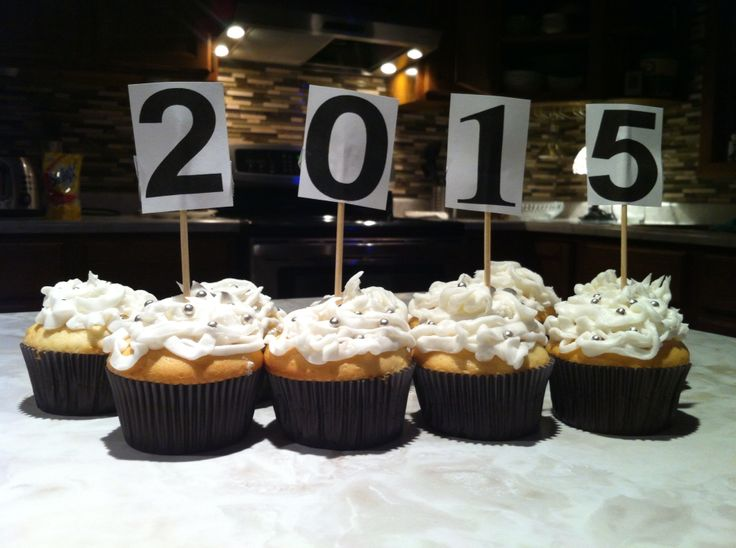New Years Cupcakes 2015