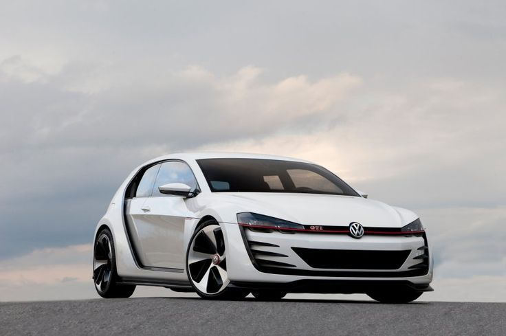"""VW """"Design Vision GTI"""": Aggressiv bis zum Gehtnichtmehr tritt dieses VW-Golf-Unikat auf. Der Wagen ist vor allem ein Marketing-Gag, um das eher behäbig gewordene GTI-Image ein wenig aufzumöbeln."""