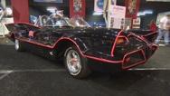 El Batimóvil usado en la serie de Batman de los años sesenta fue vendido por 4.6 millones de dólares en una subasta de coleccionistas de coches el sábado.  El vehículo había sido propiedad de su creador, el legendario personalizador de coches Geroge Barris, desde su fabricación. Fue vendido en la subasta anual de la compañía de subastas de carros Barrett Jackson cerca de su sede en Scottsdale, Arizona