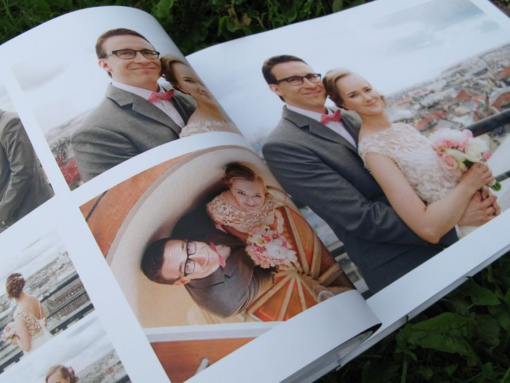 We designed a picture album to have as a memory of our wedding day.