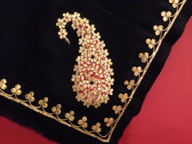 Gota patti paisley shawl To order call 9958836354 Or write to us at hello@richadesigns.in