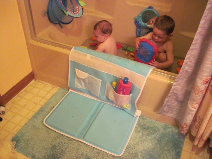 Safety Bath Time Easy Kneeler by Aquatopia via mommysfabulousfinds: Save your knees!