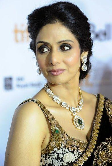 Bollywood actress Sridevi Bonikapoor looks sophisticated in dazzling huge Amrapali polki necklace.