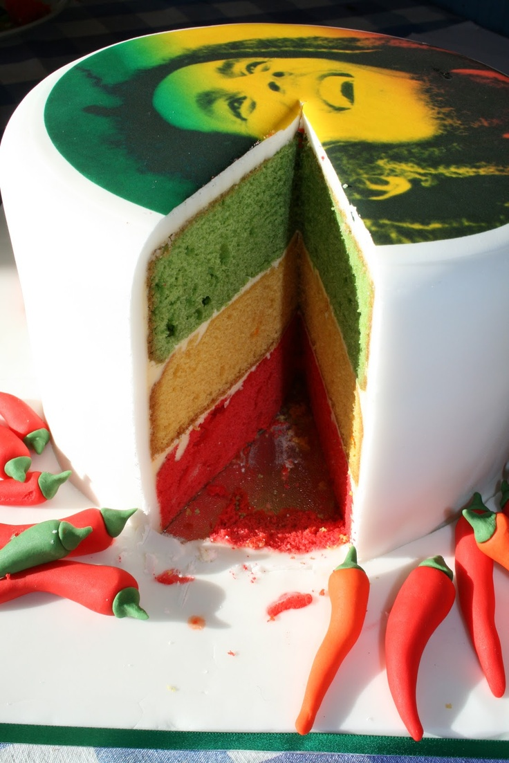 Bob Marley layer sponge cake Great idea for b-day cakes!