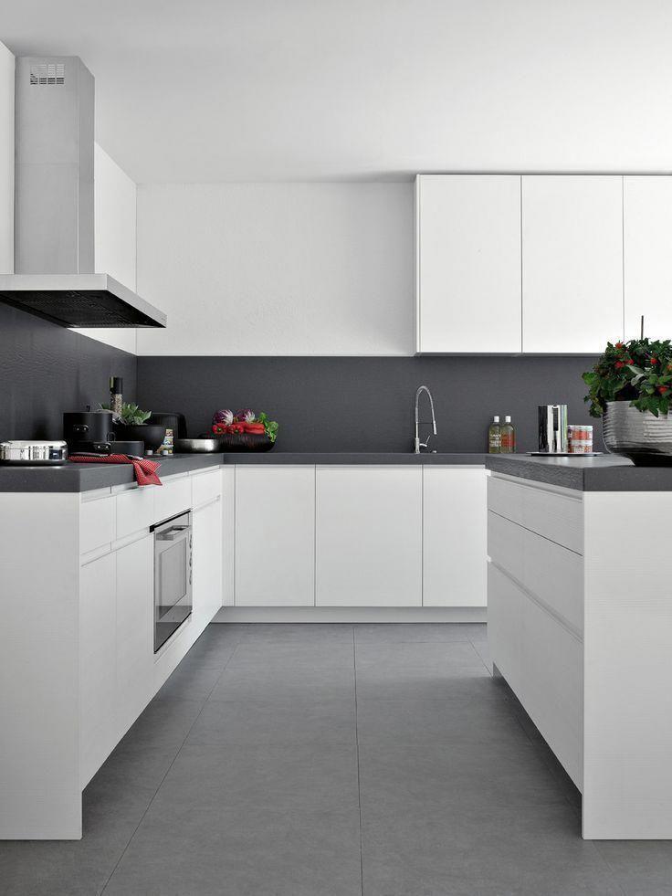 Fly 04 Elmar Kuchenmobelfamilie Elmar Fly Fly04 Kuchenmobelfamilie Modernhomedecorkitche White Modern Kitchen Kitchen Room Design Kitchen Cabinet Design