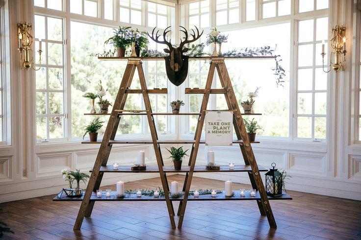 Venue - Carmel Mountain Ranch Country Club Photographer - Leaf Photography  Florals - Moments in Bloom Coordinators - Nicole Manalo, Lindsey Morales, Talissa Arcangeli  Hair - Maggie Pan