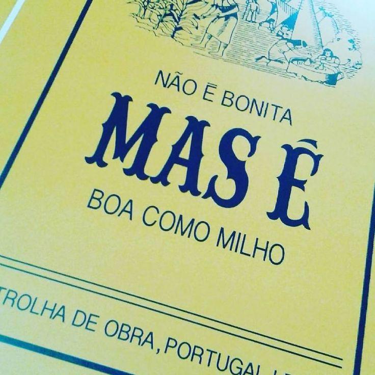 Bom Dia!!! Chegou a coleção de posters super divertidos! Em breve na loja do blog!  #interior #interiordesign #decor #yellow #portugal #design #interiordesign #shop #lovelyshop #milho #poster #instadecor #news