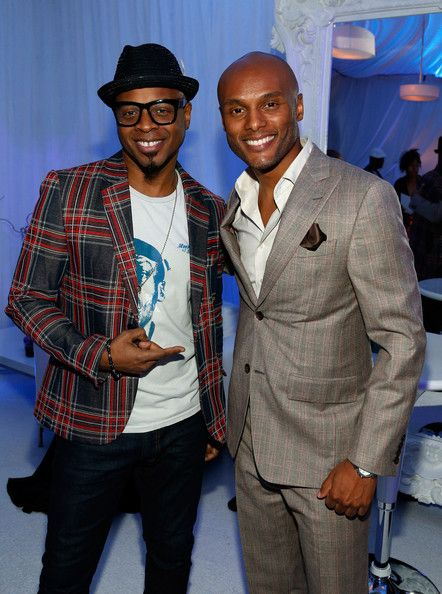 Kenny Lattimore w/ Stokley (Mint Condition) - Soul Train Awards 2012 - Glade Suite