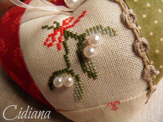 En algún blog leí que hay una tradición de las bordadoras que dice que hay empezar un bordado el 1 de enero y yo sin saberlo!!.... .... y...