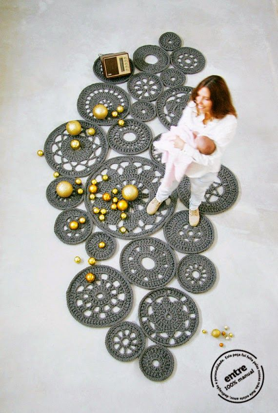 Esta vez volvemos para mostraros estas maravillosas alfombras de ganchillo que quedan genial en ambientes modernos, tanto para salones como...