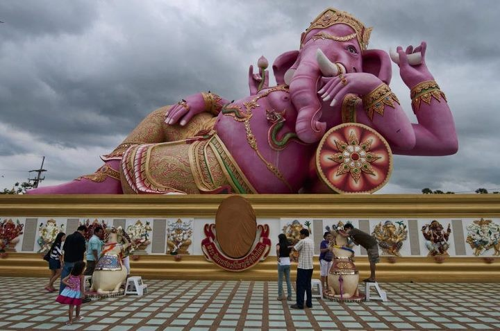 Pink Ganesh statue in the Nakhon Nayok Museum, Thailand
