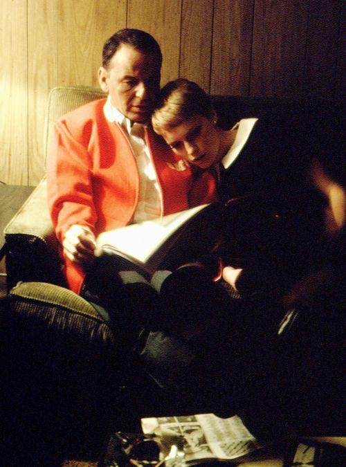 fuckyeahthevoice:    Frank & Mia at home, c. 1966