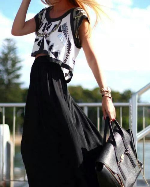 Falda negra larga