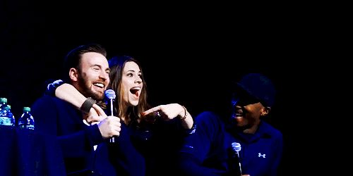 Hayley Atwell surprises Chris Evans and grabs his boob at Salt Lake Comic Con.