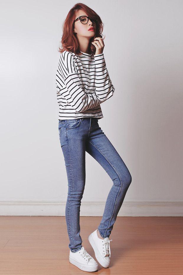 http://lookbook.nu/look/5663190-Kate-Katy-Top-Topshop-Sneakers-121813