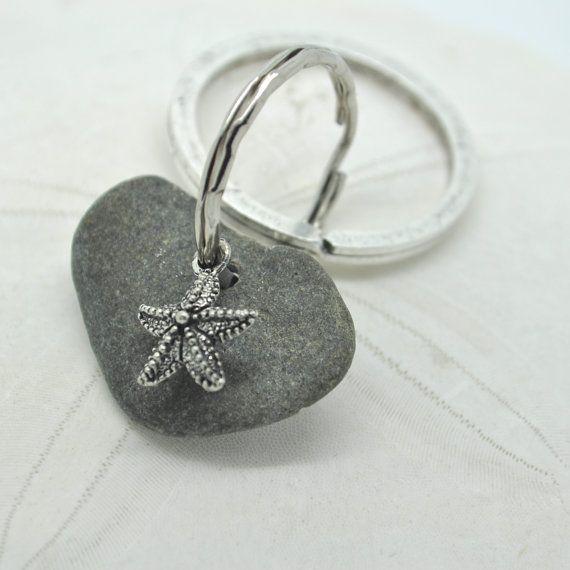 Favor Maine beach stone Keychain Groomsmen Bridal Party Gift Sea Stone Key Chain Beach Wedding Gift Beachcomber Gift Maine Beach Stone