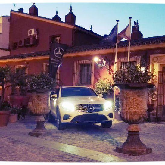 Exposición en la entrada del Hotel @hotelhuertahonda #zafra #feriazafra #extremadura #igers_extremadura