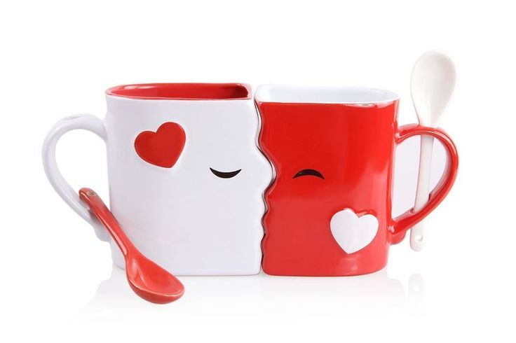 New Kissing Valentine Mugs Set w/ Matching Spoons Red & White Tea Coffee Cocoa