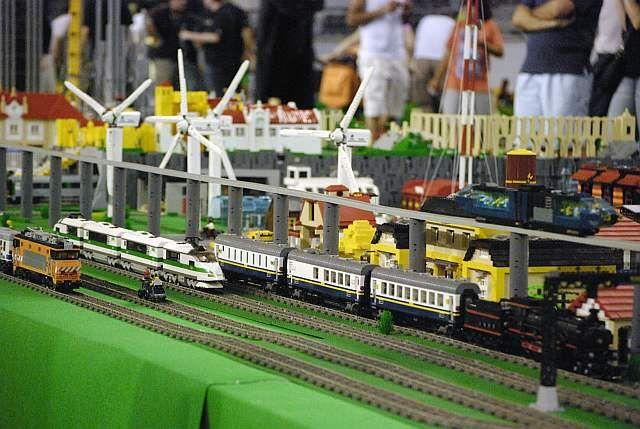 Oeiras BRInCKa LEGO® Fan Event em Oeiras de 26 a 28 abril 2013 Milhões de Peças LEGO® em exposição como nunca viu!   Oeiras   Portugal   Escapadelas ®